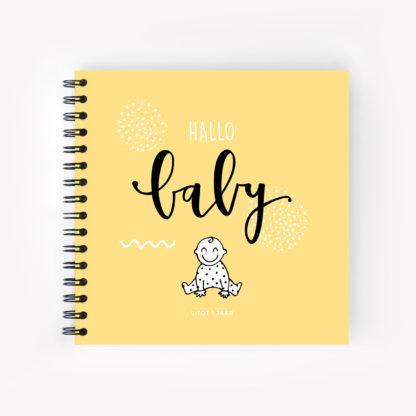 baby invulboek eerste jaar geel